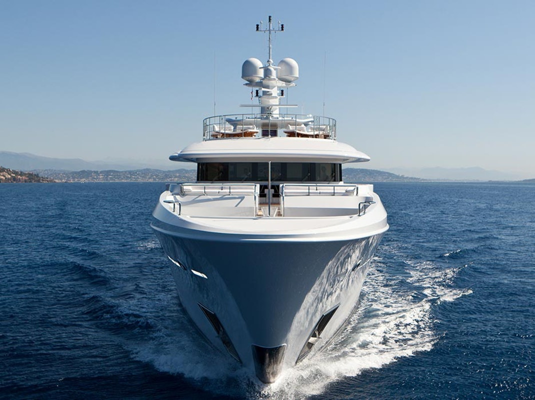 View Luxury Yachts For Charter