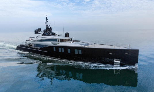 ISA Luxury Yacht OKTO For Sale