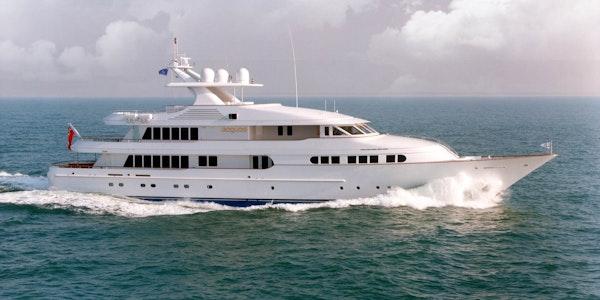 Iroquois Feadship luxury yacht profile