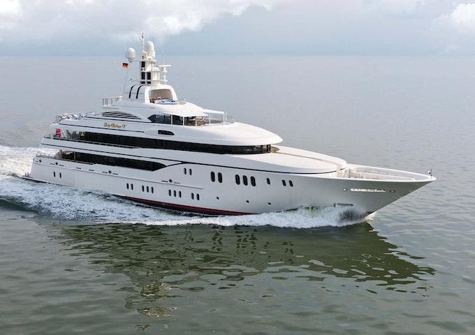 Lurssen LADY KATHRYN V - Luxury Yacht