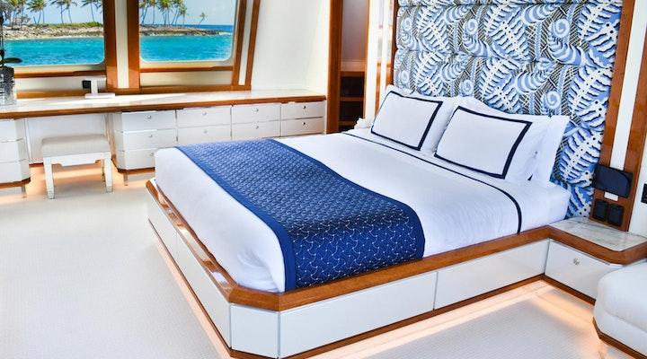 Heesen Yacht OCTOPUSSY Master Stateroom