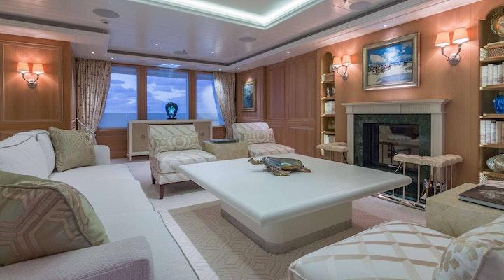 BELLA VITA luxury yacht for charter