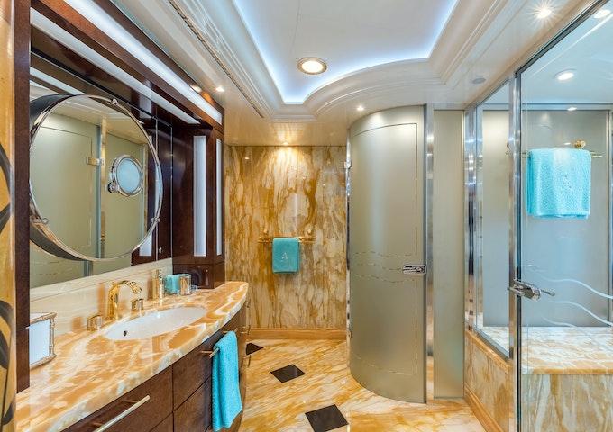 Avanti Master Bath