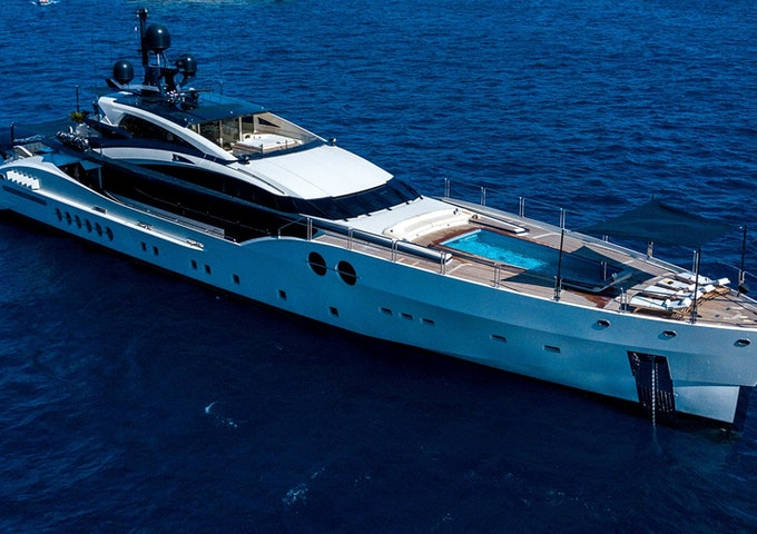 BLISS Palmer Johnson 170 yacht for sale - exterior