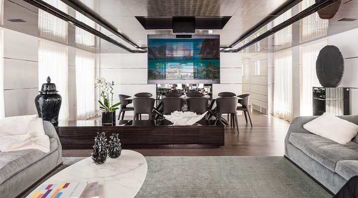 ENTOURAGE Admiral luxury yacht for sale Interior photo