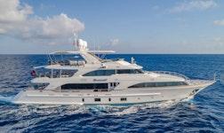 Luxury yacht Benetti 121 Namaste for charter
