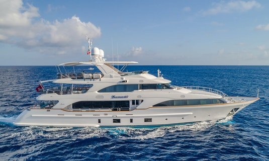 Luxury yacht Benetti 121 Namaste for charter