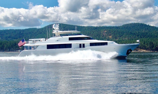 Yacht Westport KALEEN for Charter