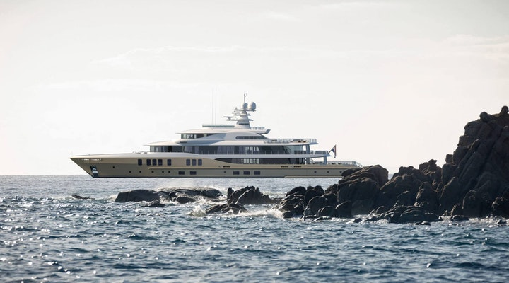 AMELS 242 Profile Rock - Moran Yacht & Ship