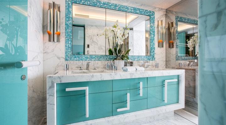 Lurssen MADSUMMER Bathroom