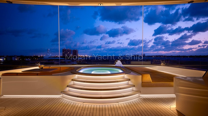 Feadship AQUARIUS Available For Sale - Jacuzzi