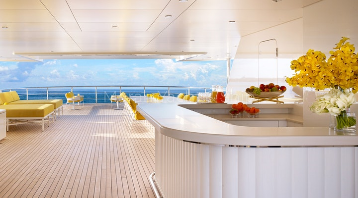 Feadship AQUARIUS Available For Sale - Outdoor Bar