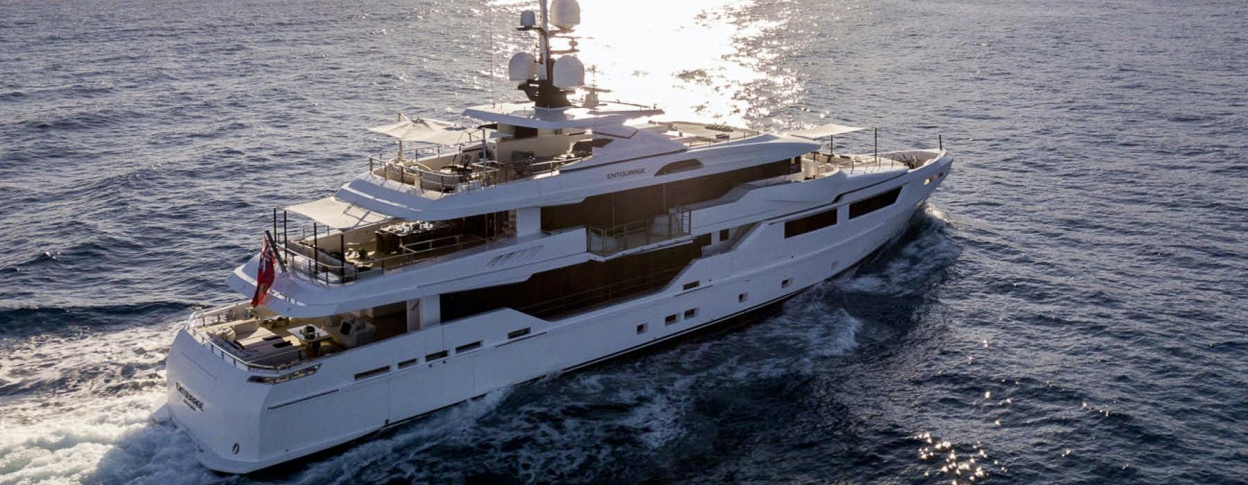 Luxury super yacht ENTOURAGE Admiral 46m for sale