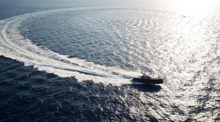Steeler Yachts Bronson 50 Running shot