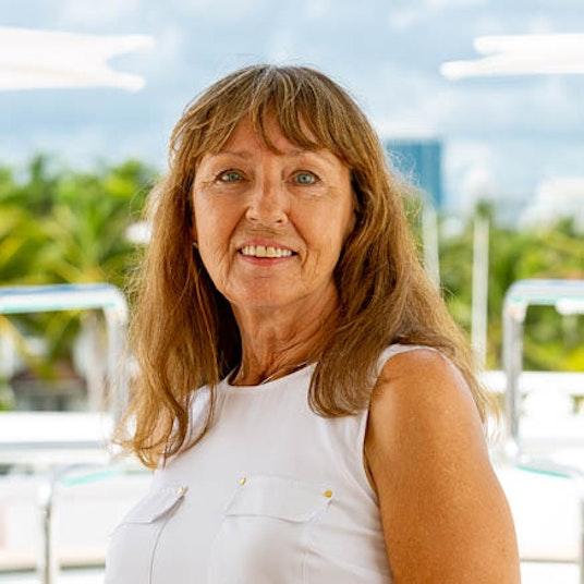 Management Assistant Renate Flik - Moran Yachts